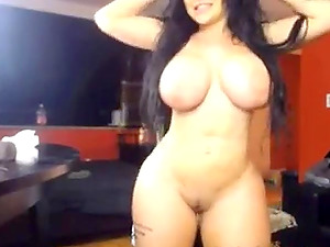 Big booty canadian slut plays with big dildo and reaches intense orgasm.