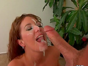Sexy mummy Felicia Fox milks Peter North's dick dry on her face