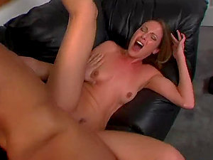Samantha Ryan can't help screaming while railing Talon's jizz-shotgun