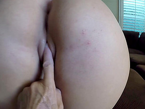 Sweet chick Vivian Taylor lets a friend fuck her in the morning