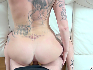 You'll simply love this one on one action with tattooed babe Rose