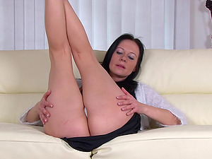gorgeous amateur milf strips couch