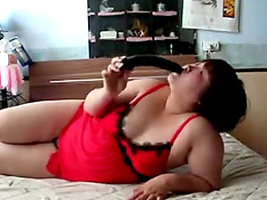Adorable Chubby Chinese Play With Dildo