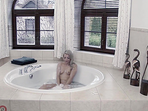 German blonde MILF fucked in the bath