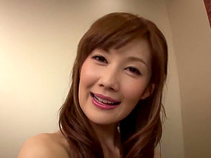 Kinky Japanese Erika Kirihara Providing a Suck off in the Elevator