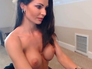 Sexy brunette with perfect body big boobs and hot lingerie chats on live cam