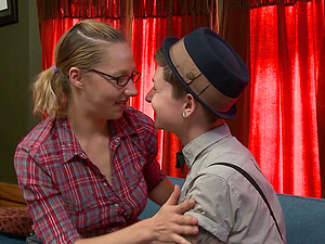 Maggie Mayhem and Nic Switch are nerdy role playing mature lesbians