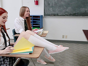 Slutty teens in uniform Maya Kendrick and Daisy Stone share a cock