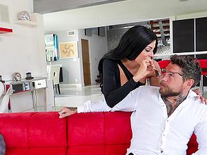 Dark haired busty MILF Silvia Dellai gets cum in mouth