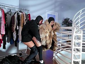 Lexi Luna and Kenzie Reeves in a hardcore FFM threesome