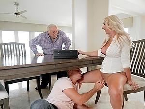 Busty blonde MILF Janna Hicks pounded hardcore doggy style