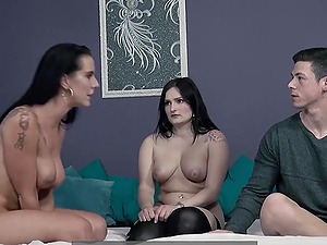 Texas Patti in an anal threesome
