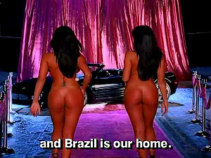 Deisy and Sarah Teles are two sexy Brazilian twins