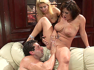 Hardcore pissing orgy with Starla Sterling and her girls on one guy