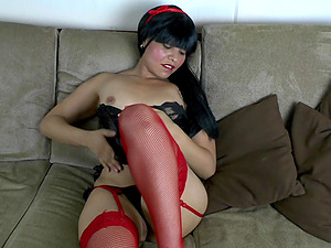 Large Labia Latina First Ever Audition