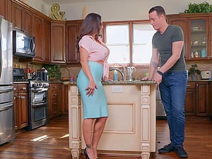 Oily titjob and a hardcore ass fuck with busty mature slut Ava Addams