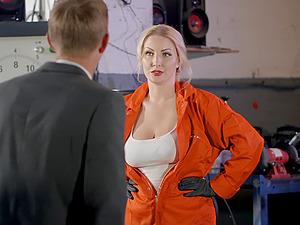 Blonde cutie Georgie Lyall sprayed with cum on face in a garage