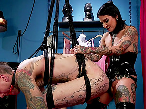 MILF in leather boots Joanna Angel pegs her man before he fucks her