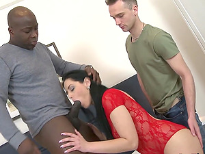 Cuckolding Wife Alex Black Rides a BBC