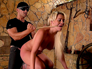 Sienna Day gets her shaved pussy fucked  by a horny stranger