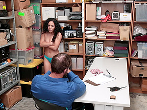 Pamela Kayne takes a big friend's shaft in her tiny pussy on the table