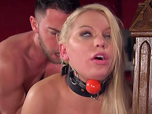 Submissive blonde Kenzie Taylor craves for friend's long pecker