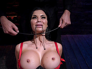 Anal sex and gaping for tied up brunette Jasmine Jae with fake tits