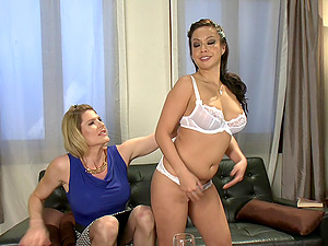 Delia DeLions asks her friend to fuck her without mercy all day long