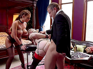 Bisexual threesome with nasty Ella Nova is memorable experience