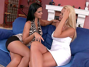 Smoking hot brown-haired and her sexy blondie cutie are having joy