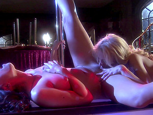 passionate lesbian Katie Morgan use her fingers to please her girlfriend