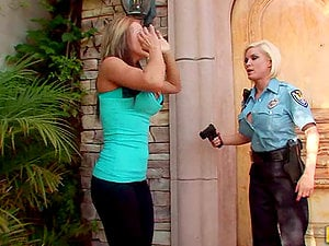 Lesbian Officer Pornos