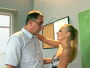 Tricky Old Instructor Fucks Cock-squeezing Teenager Blondie in the Classroom