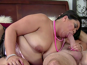 Asian BBW Tyung Lee fucked by horny older guy that craves on Asian plumber women