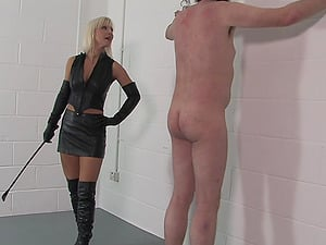 Dominant Mistress Vixen wants to punish her lover with BDSM sex game