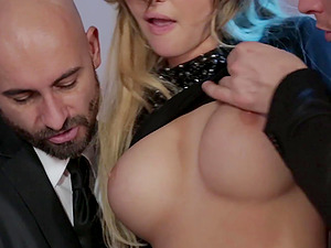 threesome with Anna Polina is the best part of the day for those dudes