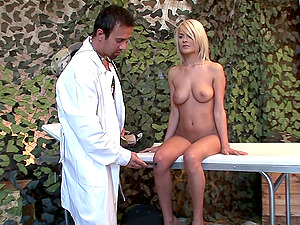 Blonde bombshell gets her pussy pleased by her horny doctor