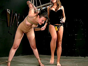 Lesbian BDSM and a slave role is memorable experience for Nika Noire