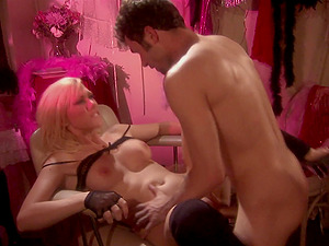 Hot blonde Samantha Sin spreads her long legs for strong penis