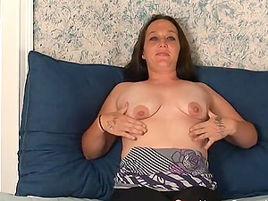 Chubby southern amateur slut plays with her toy