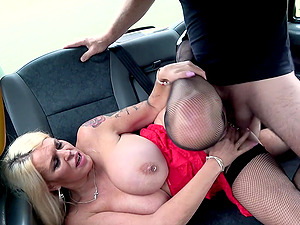 Pierced nipples Shannon Blue gets her cunt pounded like never before