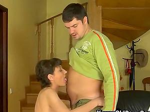 Sexy Russian Cougar Seduces Young Repairman