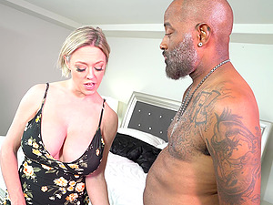 Black dick and a strong cum are the things Dee Williams dreams every night