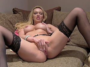 Blonde bombshell gets her pussy pounded by a horny stranger