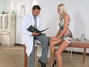 Erica Fontes entices a doc and makes him fuck her sweet snatch