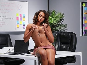Sexy secretary Halle Hayes enjoys sex with her boss in his office