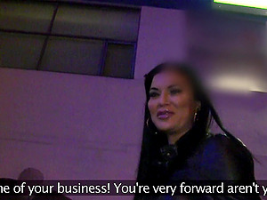 Agent offered money to Jasmine Jae for a nude casting and sex