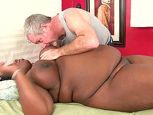 Fat Daphne Daniels Enjoys Fervid Massage