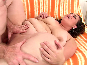 Mexican plumper Mommy Angelina sucks a hard dick and give a tits fuck