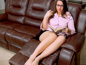 StepMoms Sweet Wet Pussy For Stepsons Services